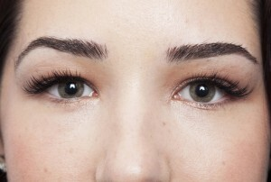 Glamour Set Eyelash Extensions 11