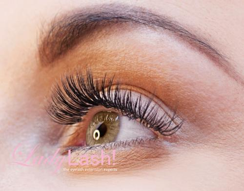How to Take Care of Your Eyelash Extensions