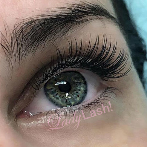 e5153b6b312 Classic lashes and volume lashes -- which extensions are for you?
