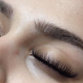 021bb242c37 How to make your eyelash extension experience as relaxing as possible–Lash  Naps